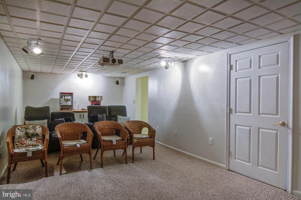 Basement Recreation Room View#3 - 5608 CAVALIER WOODS LN, CLIFTON