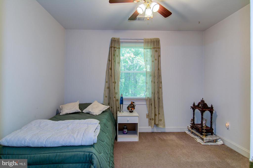 Bedroom#3 - 5608 CAVALIER WOODS LN, CLIFTON