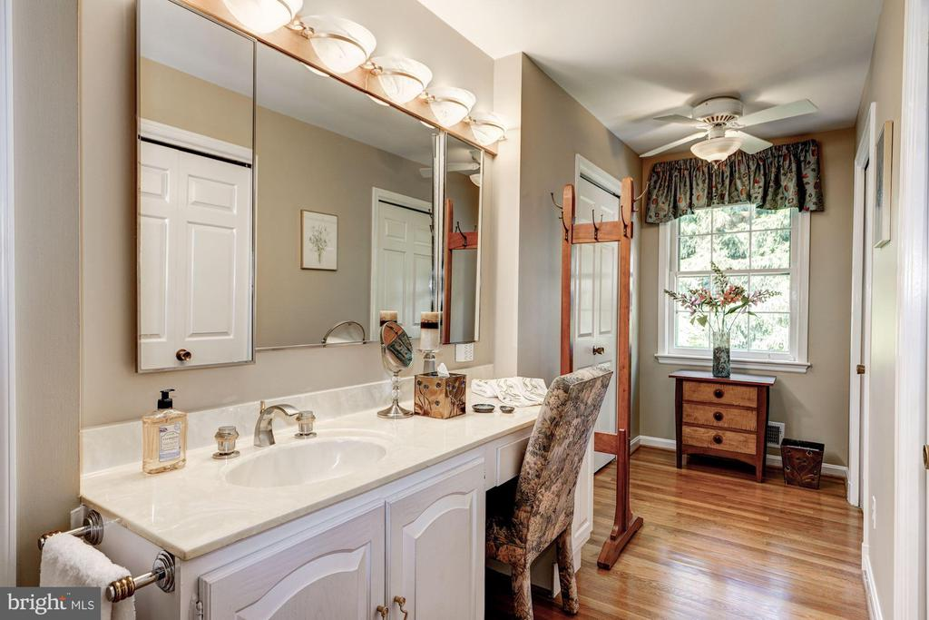 Master Bath Dressing Room - 4206 48TH PL NW, WASHINGTON