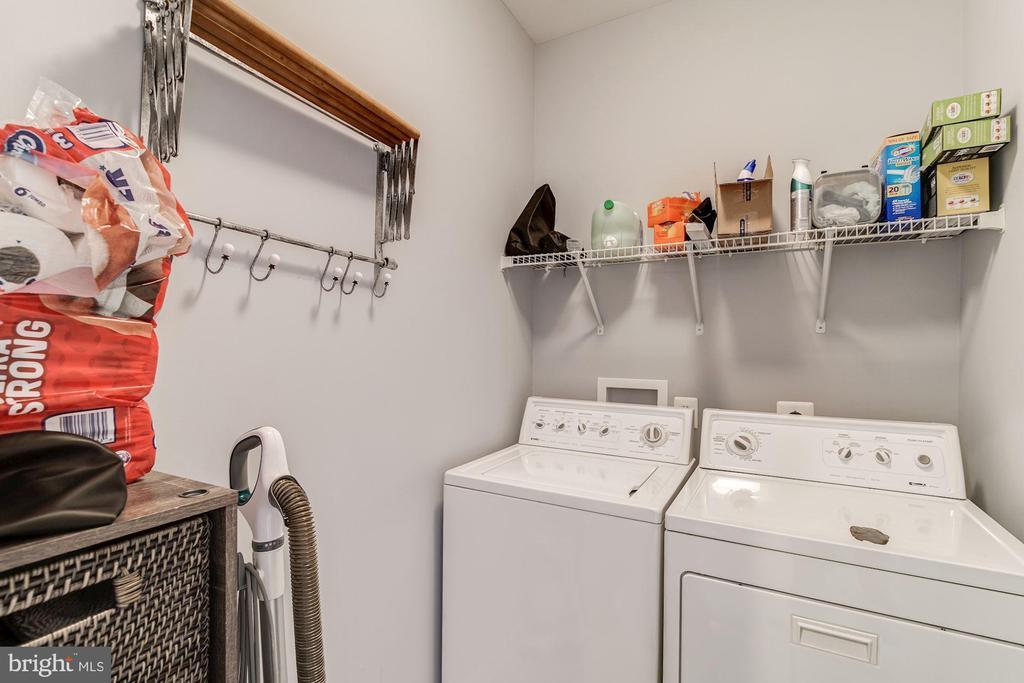 Laundry on bedroom level - 43019 MILL RACE TER, LEESBURG