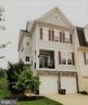 End-unit means LOTS of windows and light - 43019 MILL RACE TER, LEESBURG