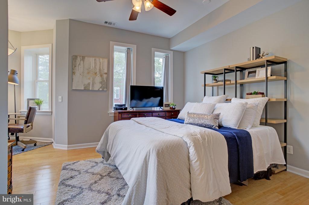 bedroom #1 on 2nd level - 834 11TH ST NE, WASHINGTON