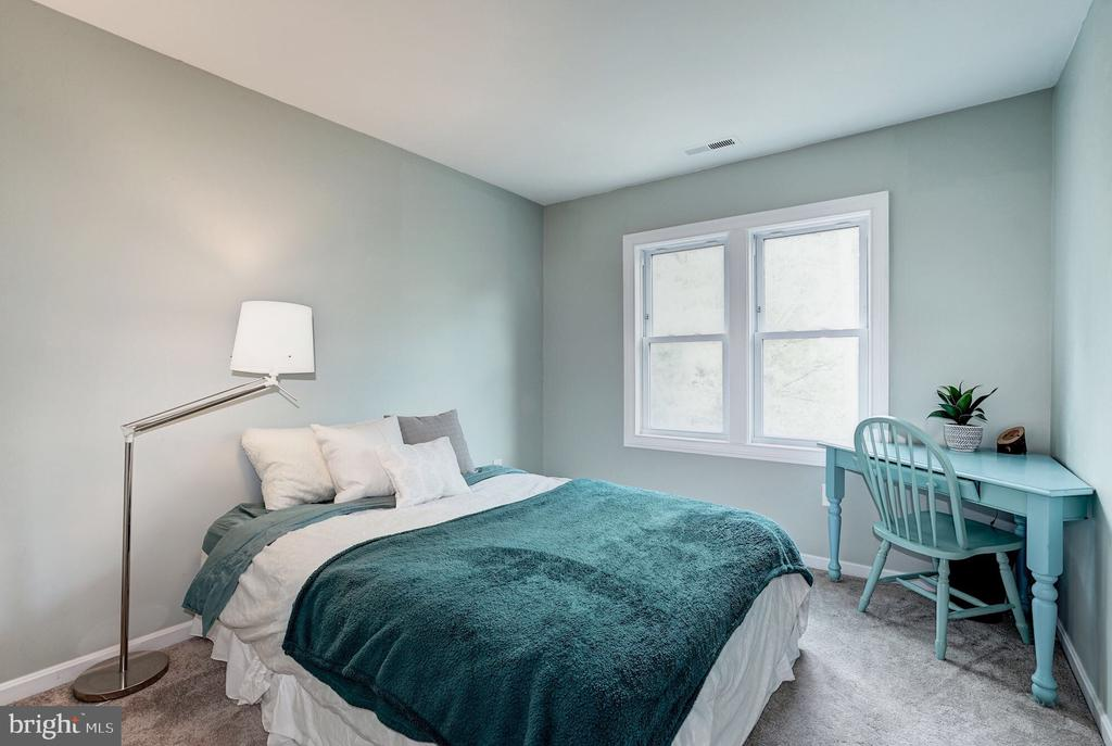 2nd bedroom - 2855 COORS PARK CT, FALLS CHURCH