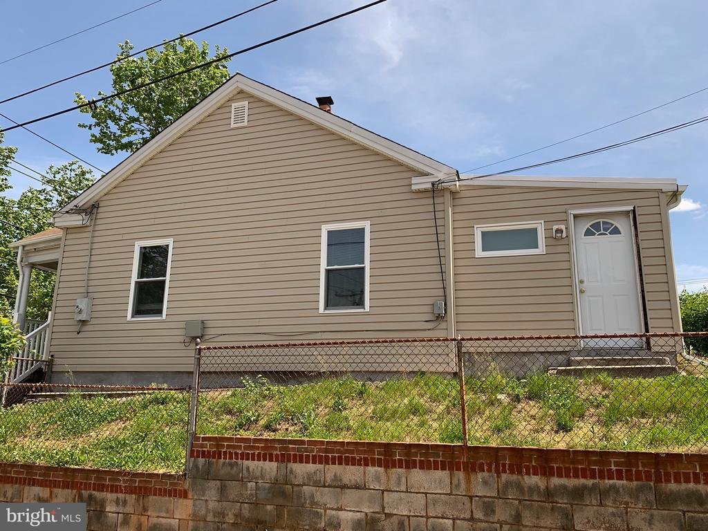 Home Side View - 4723 SHERIFF RD NE, WASHINGTON