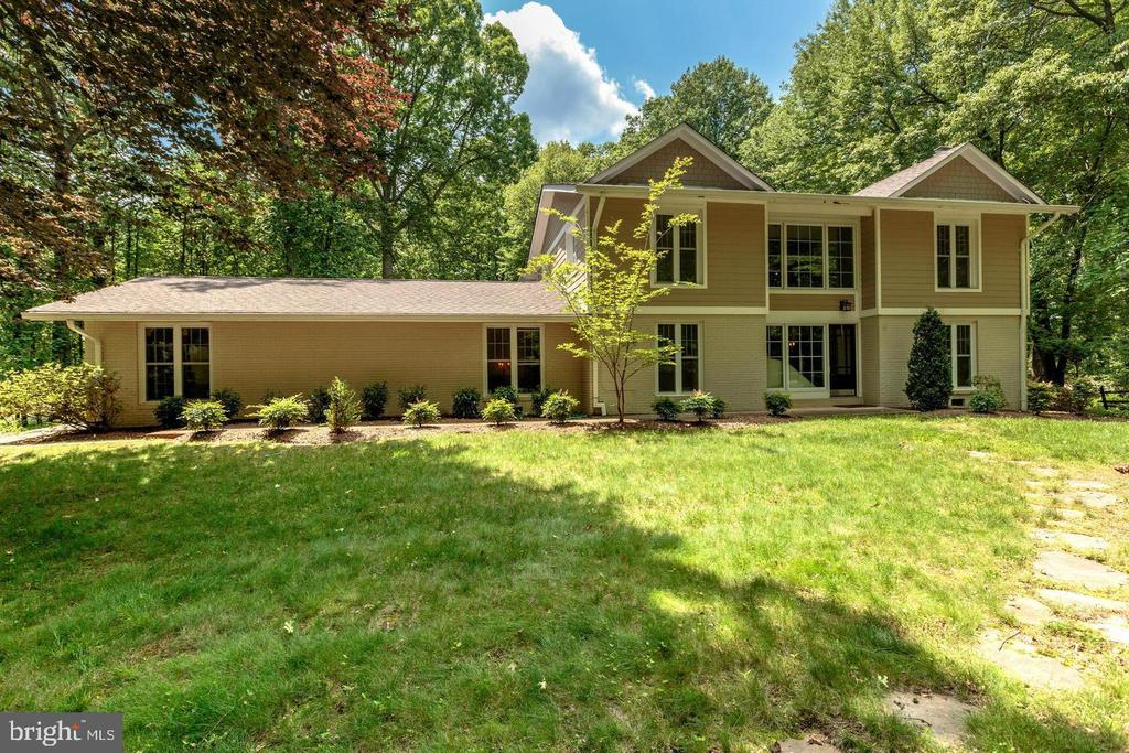 Arts and Crafts contemporary - 3206 FOX MILL RD, OAKTON