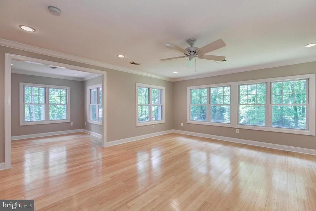 Incredible master suite addition! - 3206 FOX MILL RD, OAKTON