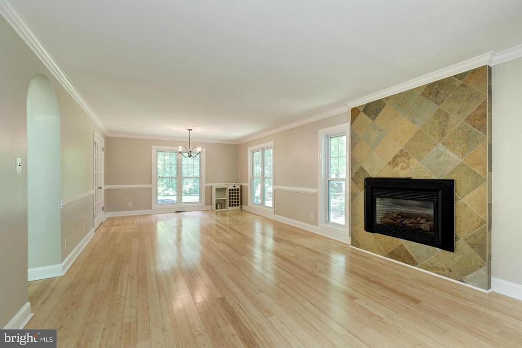 Living room open to dining room - 3206 FOX MILL RD, OAKTON