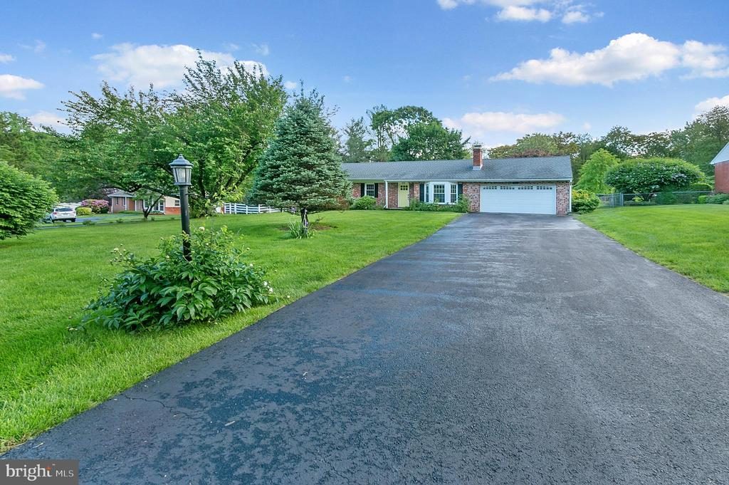 8620  HAWKINS CREAMERY ROAD, Gaithersburg in MONTGOMERY County, MD 20882 Home for Sale