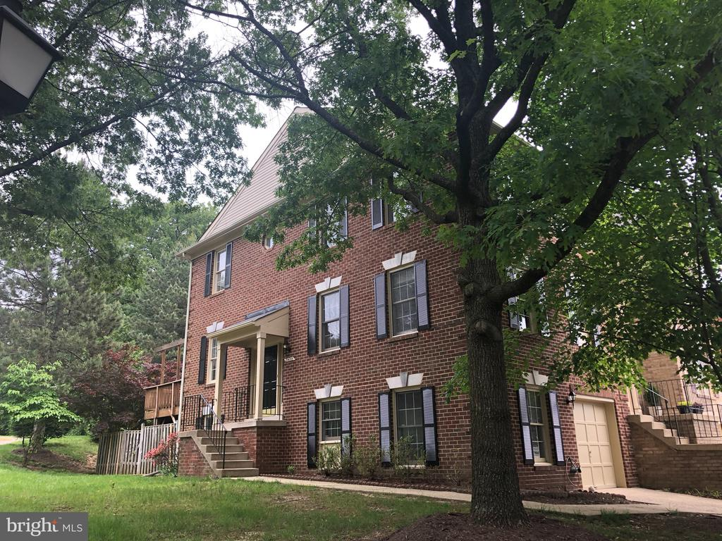 7400  SALFORD COURT, one of homes for sale in Kingstowne