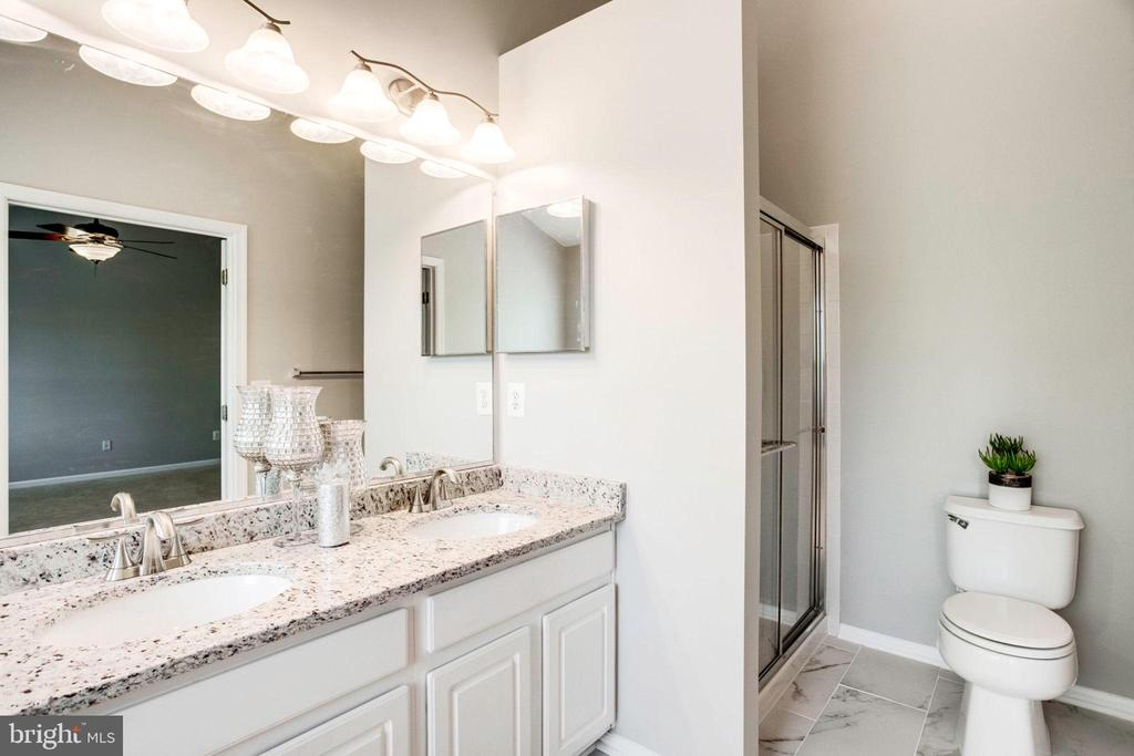 Double Vanity in Master Bath - 12476 CASBEER DR, FAIRFAX