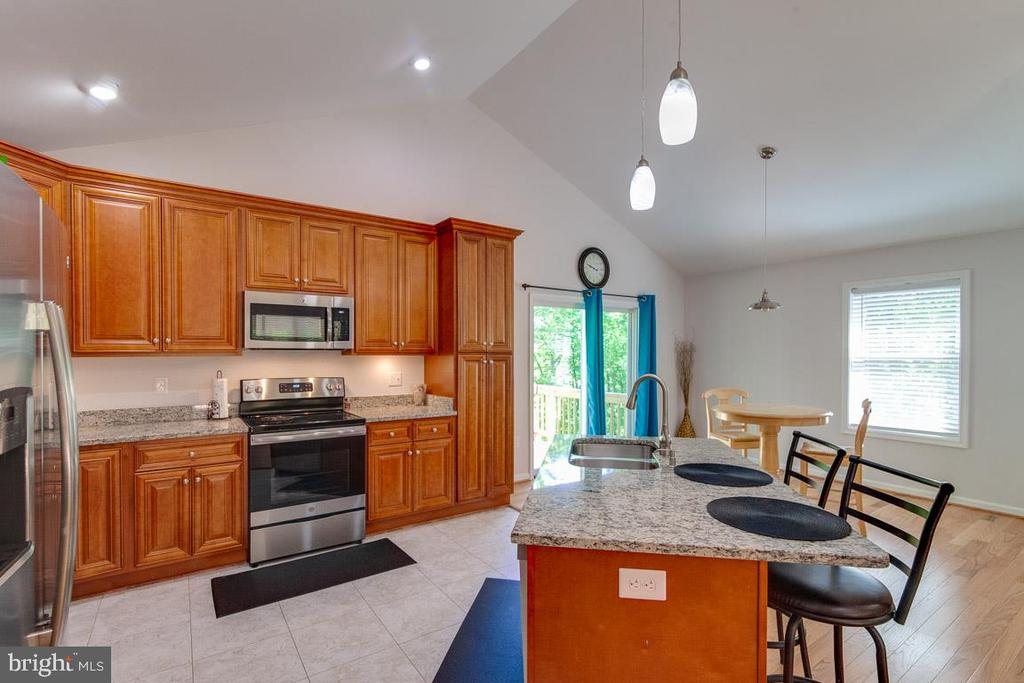 Kitchen with Granite Countertops - 325 BLUE SKY RD, LINDEN