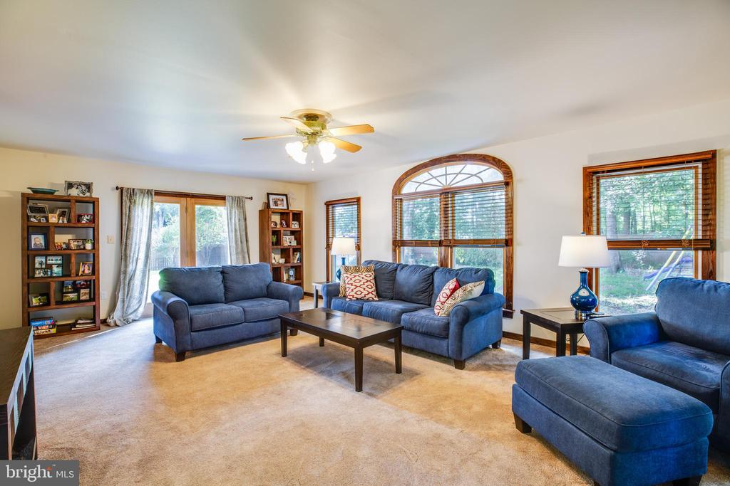 Family Room with Deck Access - 141 CHOPTANK RD, STAFFORD