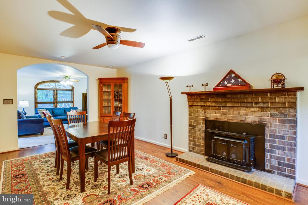 Lower Level Fireplace - 141 CHOPTANK RD, STAFFORD