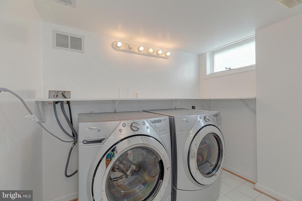 Laundry Room - 3513 N JEFFERSON ST, ARLINGTON