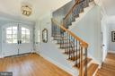 Generous entry with hardwoods on main level. - 3752 THOMAS POINT RD, ANNAPOLIS