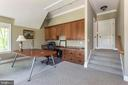 Home office or fourth bedroom with shared bath. - 3752 THOMAS POINT RD, ANNAPOLIS