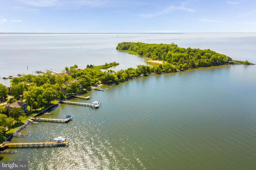 Easy and quick access to Thomas Point Park. - 3752 THOMAS POINT RD, ANNAPOLIS