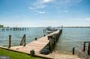 Dock with kayak launch & steps to water. - 3752 THOMAS POINT RD, ANNAPOLIS