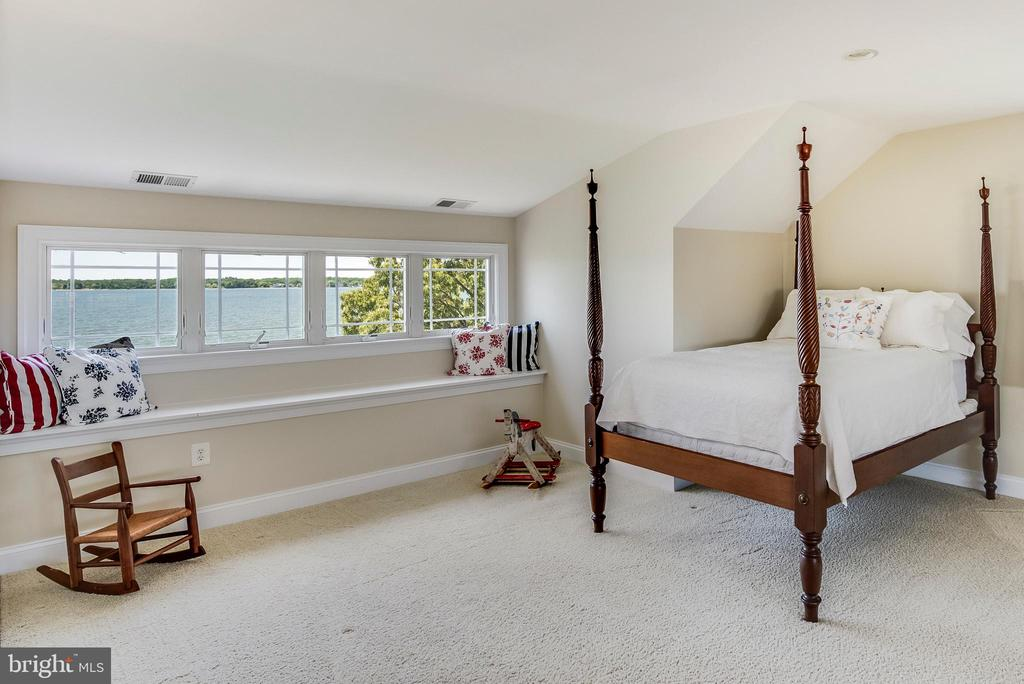 Water view in 3rd floor room for guests & play. - 3752 THOMAS POINT RD, ANNAPOLIS