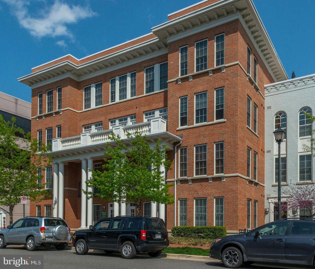 Alexandria Homes for Sale -  Panoramic View,  1023 N ROYAL STREET  312