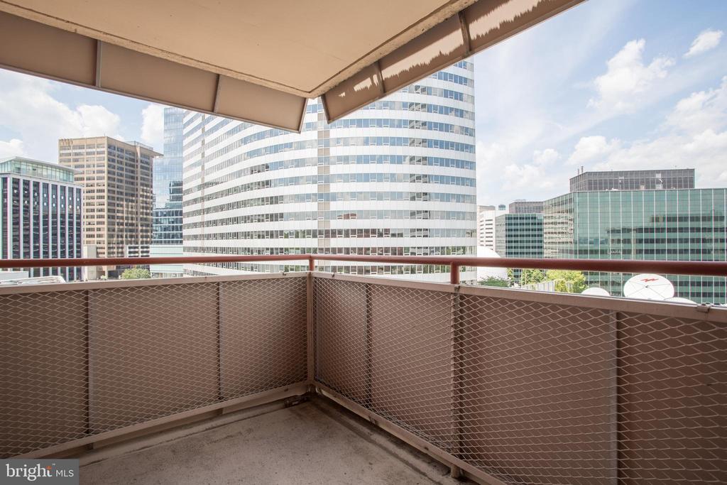 Balcony - 1121 ARLINGTON BLVD #919, ARLINGTON