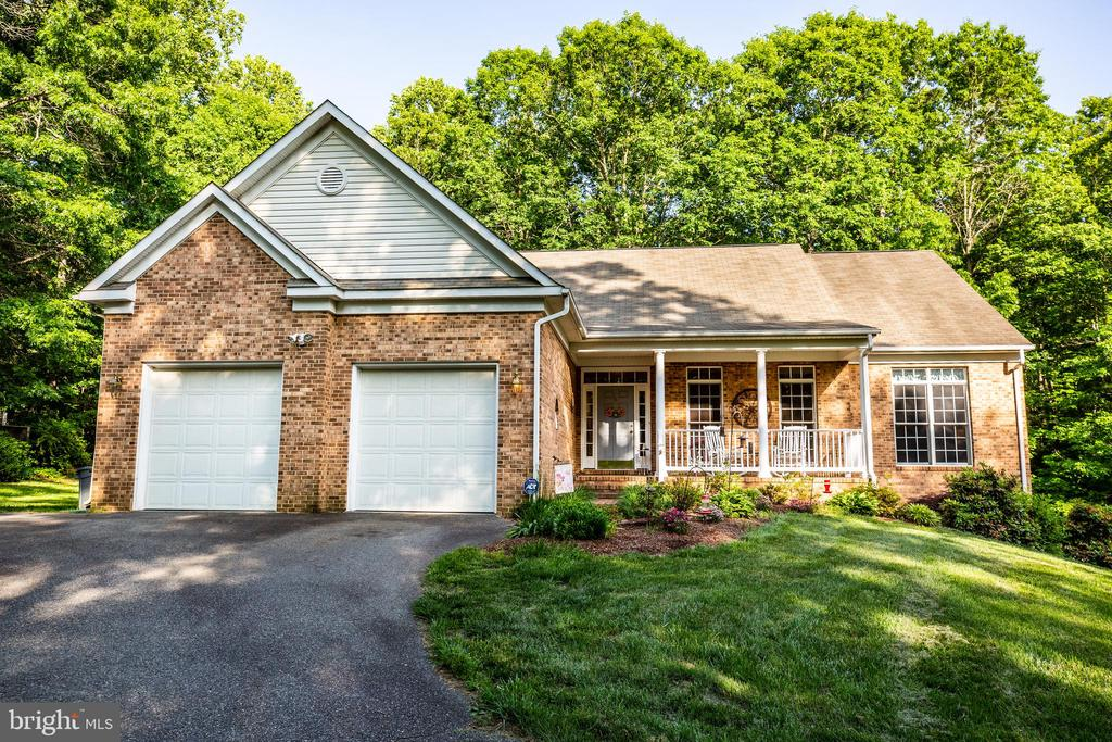 Welcome Home! - 96 CASCADE LN, FREDERICKSBURG