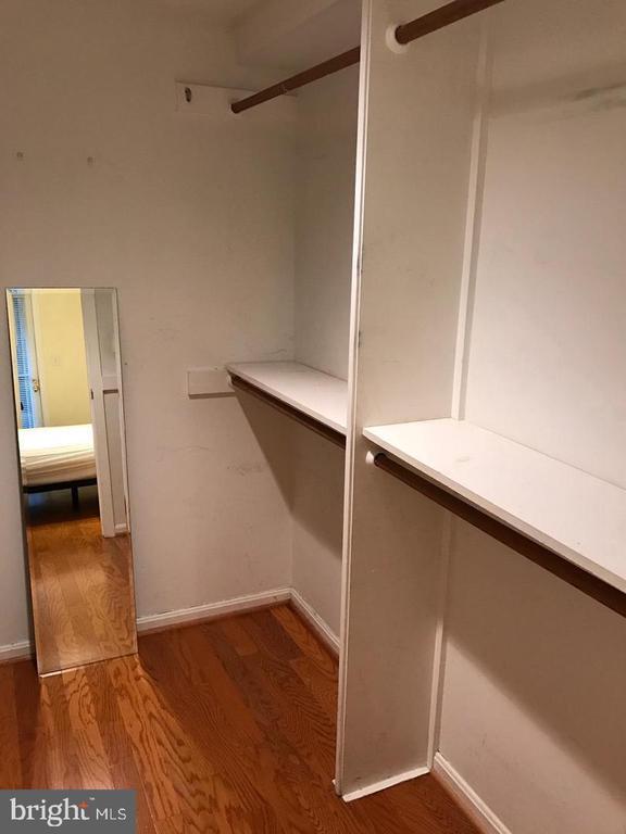 Walk-in Closet - 2115 N ST NW #1, WASHINGTON