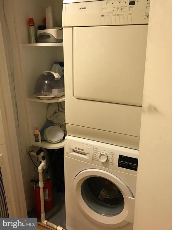 Washer & Dryer - 2115 N ST NW #1, WASHINGTON
