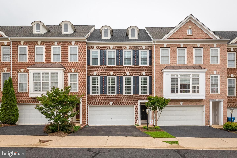 Single Family for Sale at 14356 Verde Pl Haymarket, Virginia 20169 United States