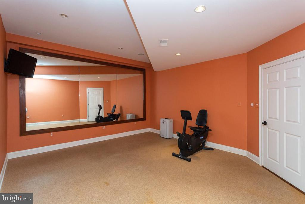 Fitness Room - 1105 LEIGH MILL RD, GREAT FALLS