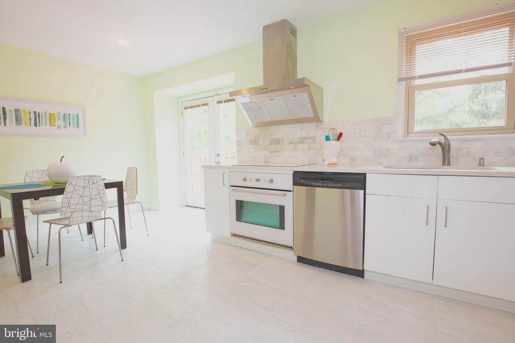 Kitchen - 1309 TEMPLETON PL, ROCKVILLE