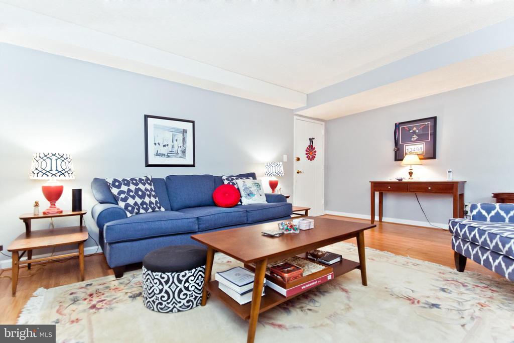 Arlington Homes for Sale -  Townhome,  2036 N WOODROW STREET  4