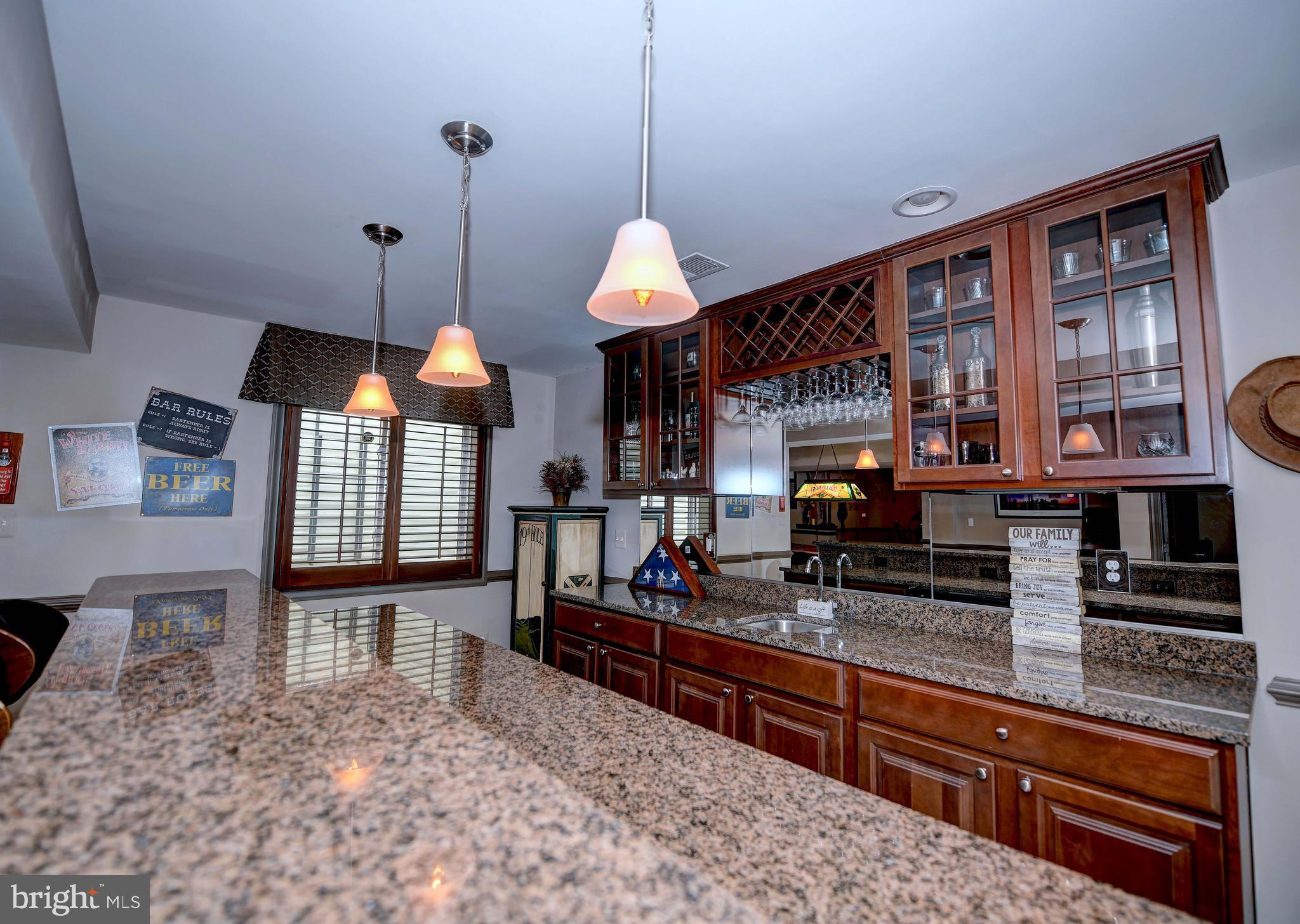 4 Bed Transitional Style House