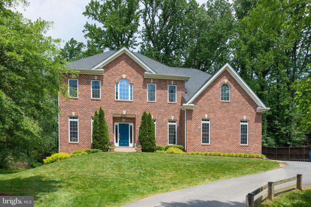 8310 ROBEY AVE, Annandale VA 22003