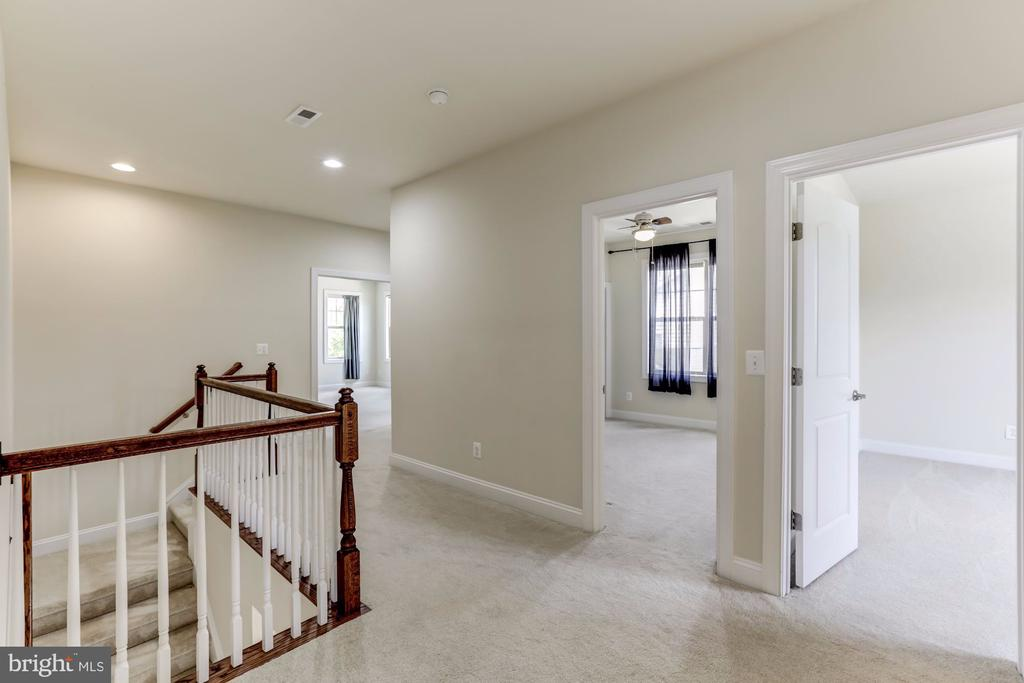 Second Floor Landing - 43800 GRANTNER PL, ASHBURN