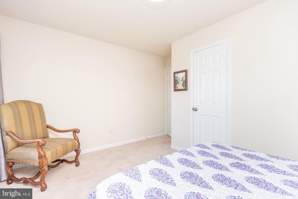 Bedroom 3 - 509 CINDY CT, STERLING