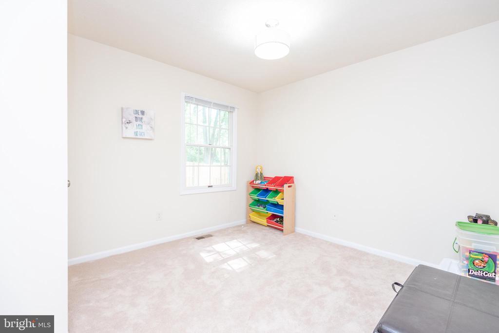 Bedroom 5 (used as playroom) - 509 CINDY CT, STERLING