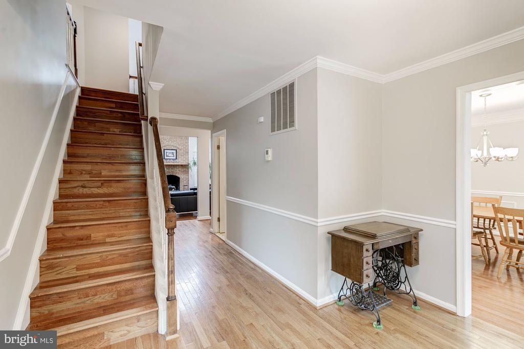 Hardwood Floors on Main Floor - 12040 SUGARLAND VALLEY DR, HERNDON