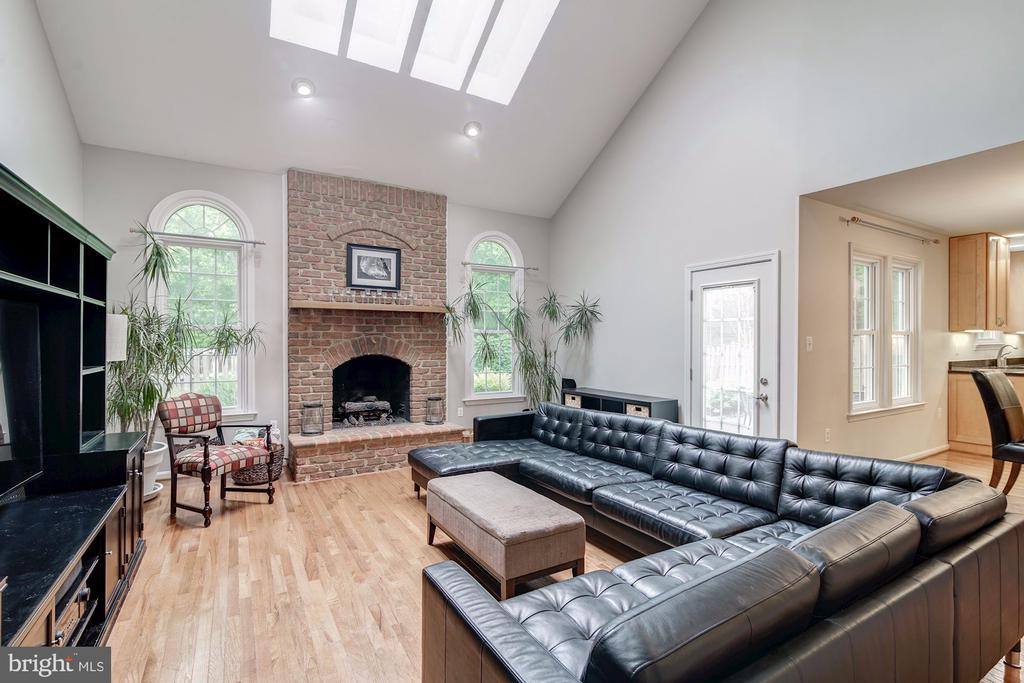 Brick Fireplace in Family Room - 12040 SUGARLAND VALLEY DR, HERNDON