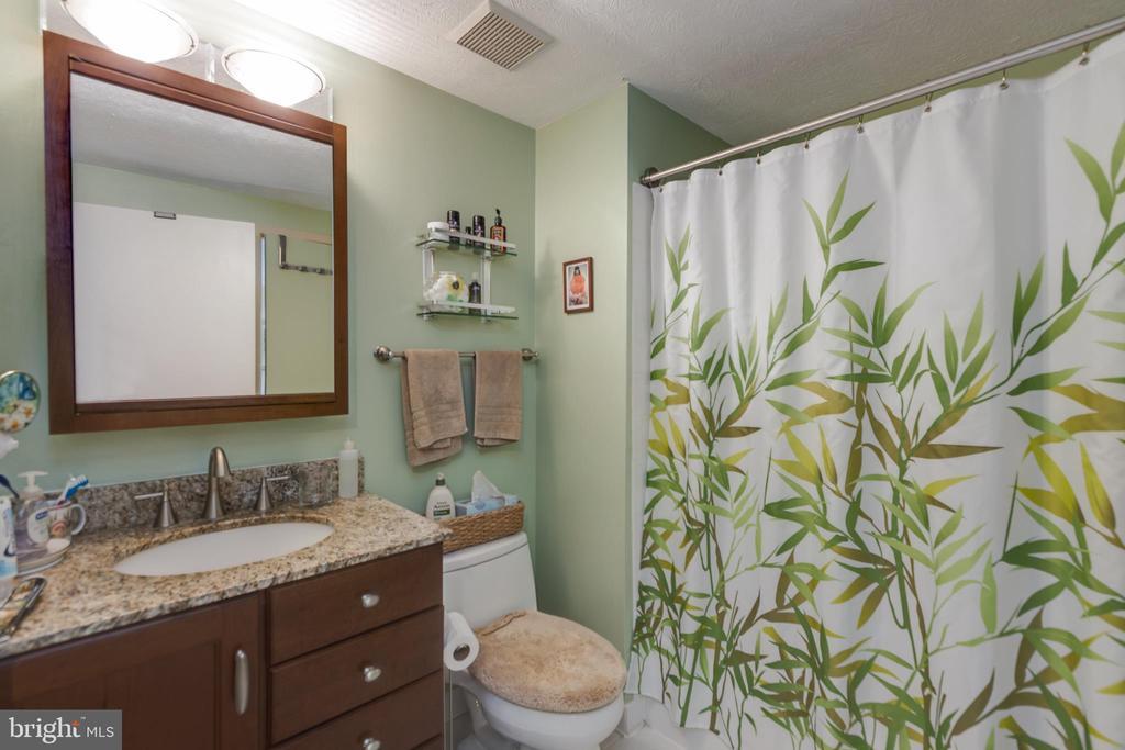 Bathroom first - 4409 1ST PL S, ARLINGTON