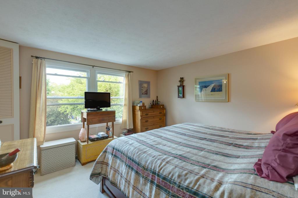 Bedroom-master - 4409 1ST PL S, ARLINGTON