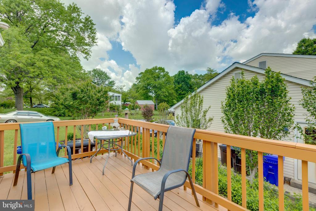 Back deck/porch - 4409 1ST PL S, ARLINGTON