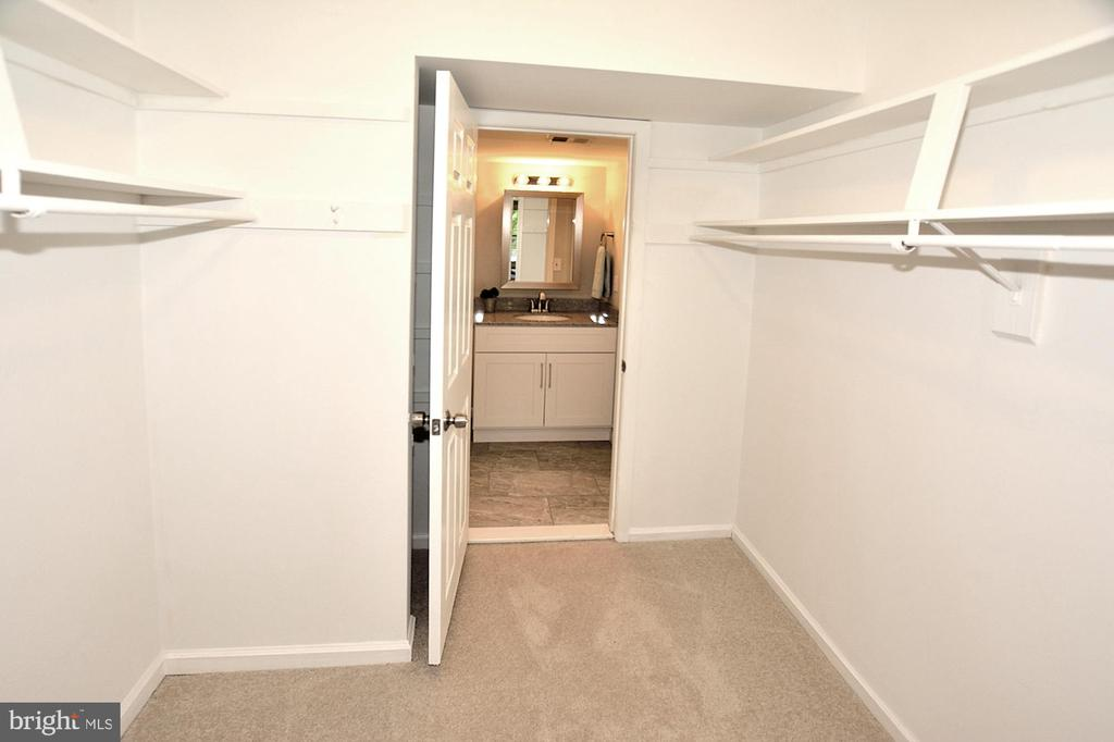 Spacious walk in closet leading to a bath - 8353-E DUNHAM CT #643, SPRINGFIELD