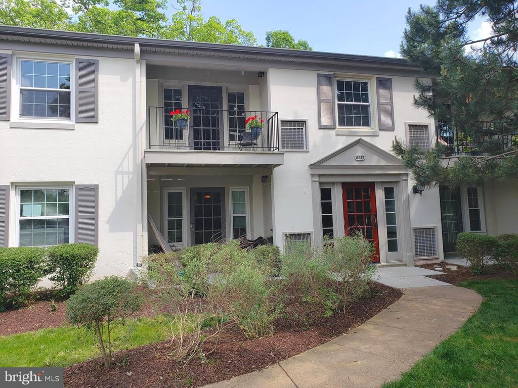 Unit #E  is the 2nd floor unit on the left - 8353-E DUNHAM CT #643, SPRINGFIELD