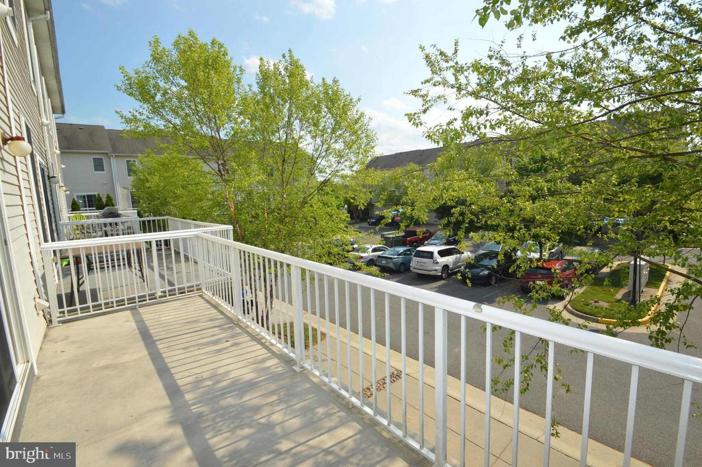 Deck - 25159 MCBRYDE TER, CHANTILLY