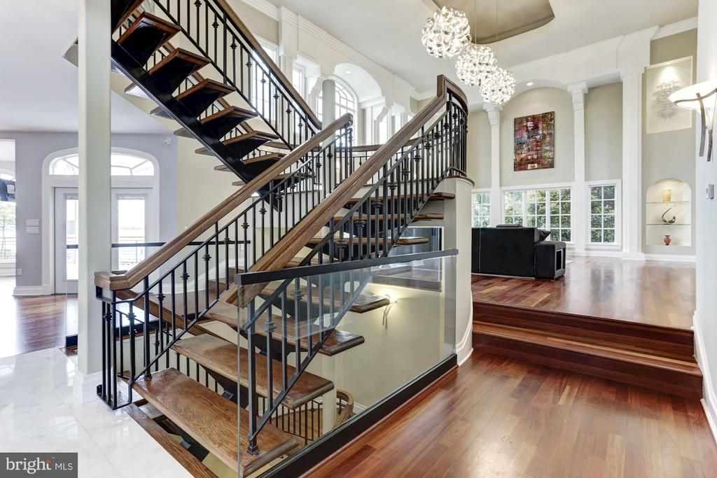 Open staircase w/ steel rails and mahogany stairs - 3 DEEPWATER CT, EDGEWATER
