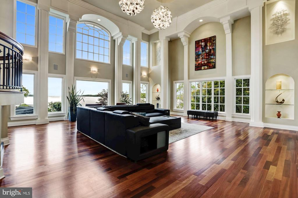 Living room with soaring 20ft ceilings - 3 DEEPWATER CT, EDGEWATER