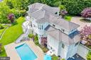 Expansive waterfront pool & patio area - 3 DEEPWATER CT, EDGEWATER