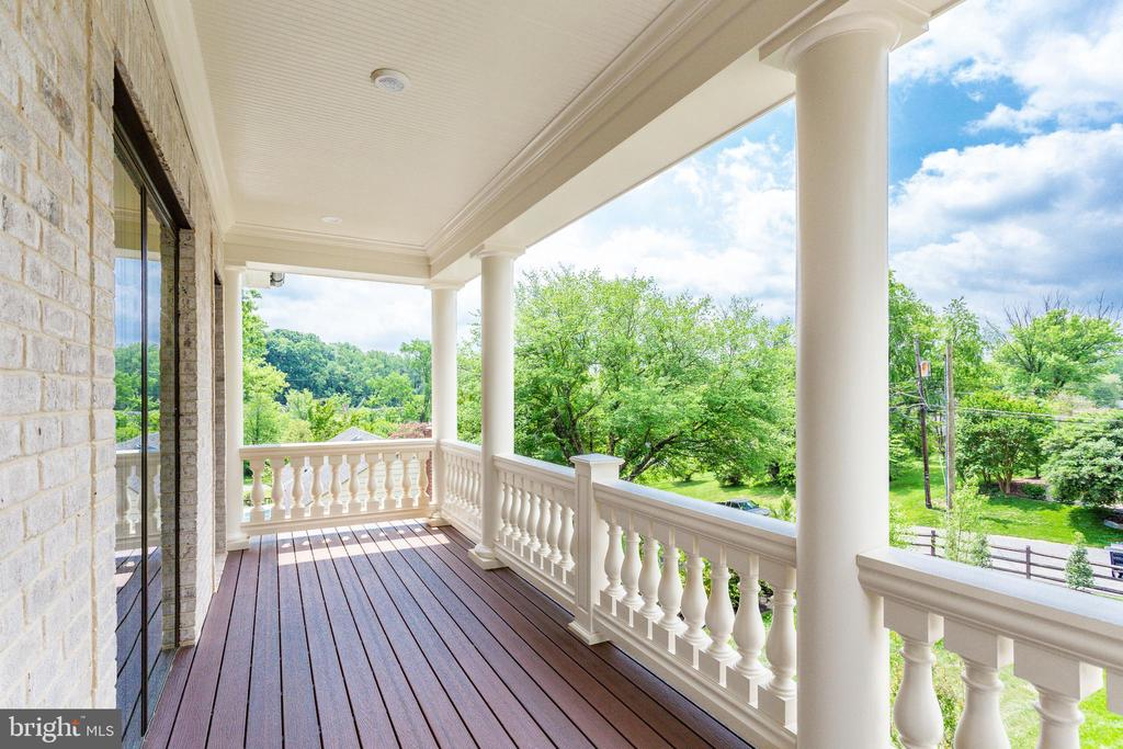 Balcony - 7104 EASTMAN DR, FALLS CHURCH