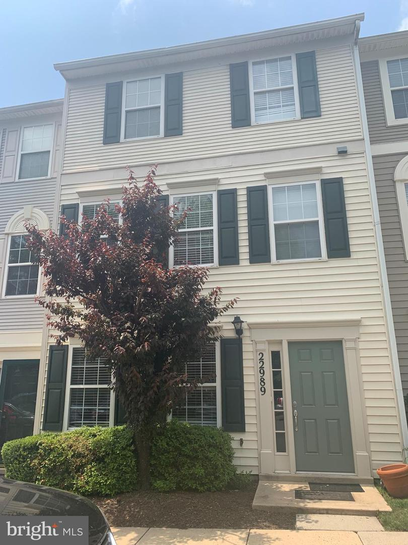 Single Family for Sale at 22989 Whitehall Ter Sterling, Virginia 20166 United States